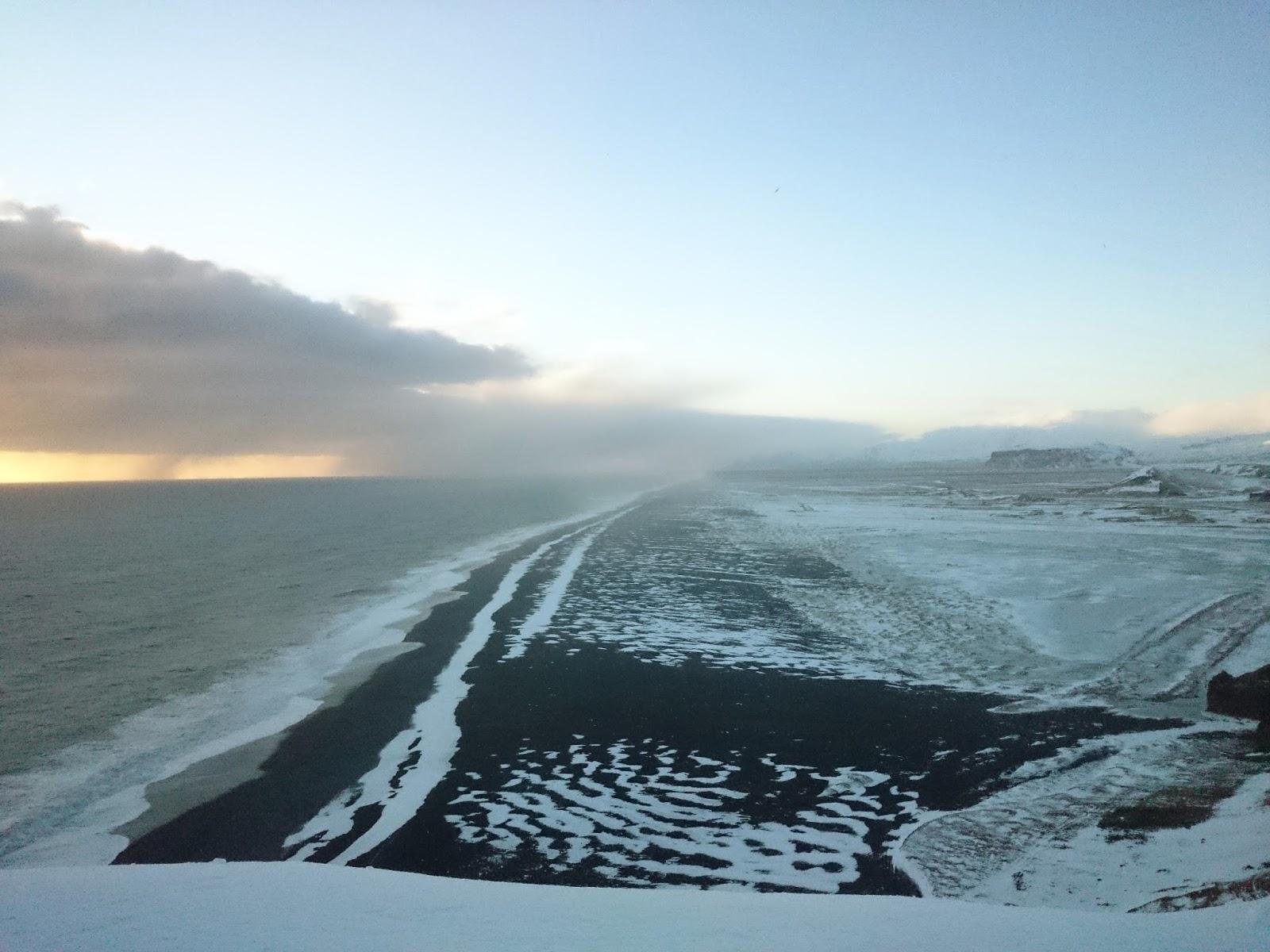 wybrzeże, czarna plaża, Dyrholaey, Islandia, panidorcia, blog o Islandii