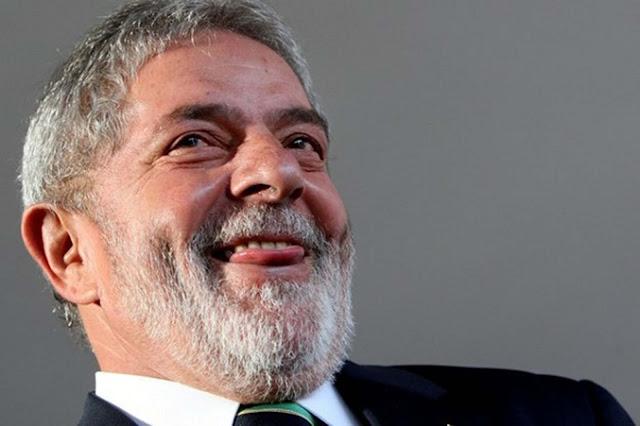 O STF concede liminar que impede prisão de Lula antes do fim do julgamento