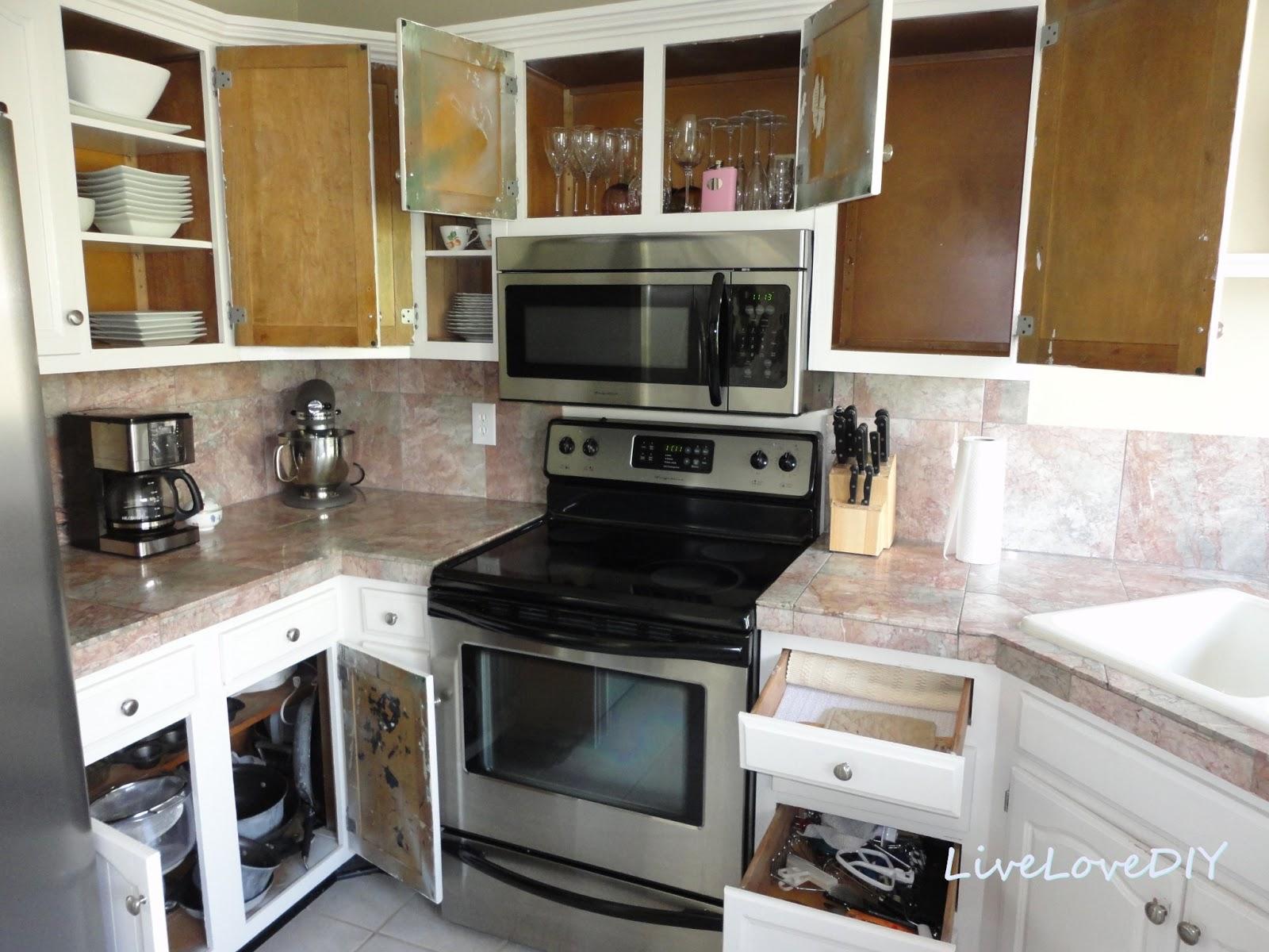 Livelovediy Creative Ways To Update Your Kitchen Using Paint