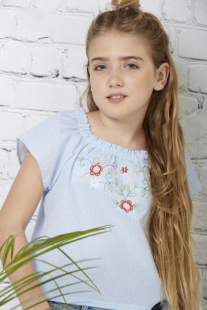 Moda verano 2018 blusas para nenas.