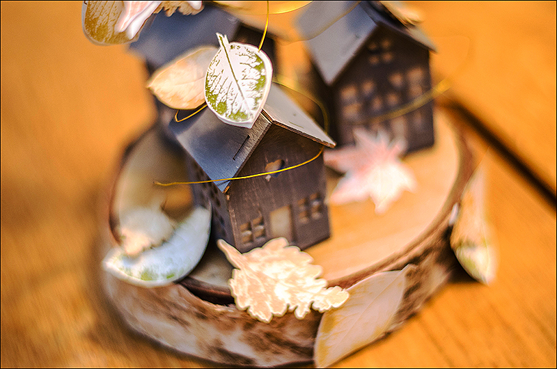 Stephanie Berger - Scrapbooking - Homedeco - Wycinanka - Tiny Fall houses