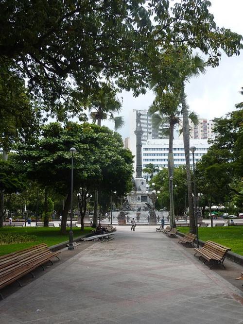 Monumento ao dois de julho, na praça do Campo Grande em Salvador-Ba. #PraCegoVer