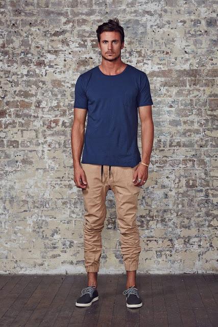 como usar calça jogger masculina, look masculino para balada (1)
