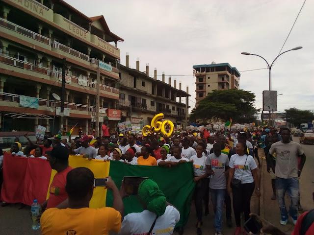 60 ans d'indépendance de la Guinée : les jeunes prennent leur destin en main