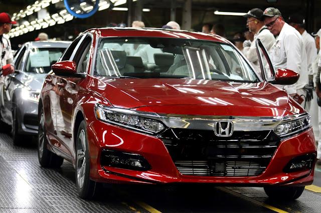 Трамп хочет увеличить производство японских авто в США
