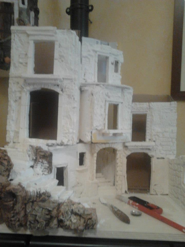 Come costruire un presepe con materiali di riciclo 1 for Costo materiale per costruire una casa