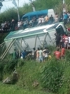 Naas, Rombongan Bus Posyandu Asal Ngawi Terguling Di Tanjakan Plaosan, 3 tewas