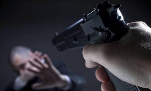 Diancam Senpi, Warga Laporkan Oknum Polisi di Propam Polres Soppeng