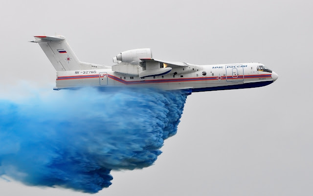 beriev be-200 water bombing
