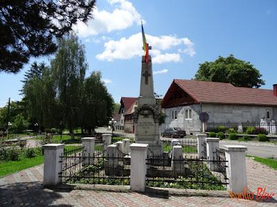 Monumentul Eroilor Rusii Munti