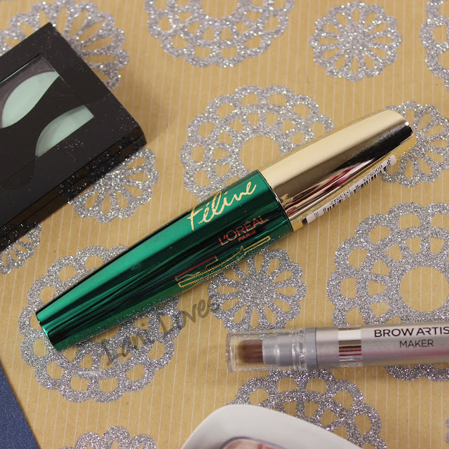 L'Oreal Volume Million Lashes Feline Mascara Swatches & Review