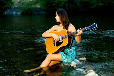 khóa học đàn guitar từ cơ bản đến chuyên nghiệp tại tphcm