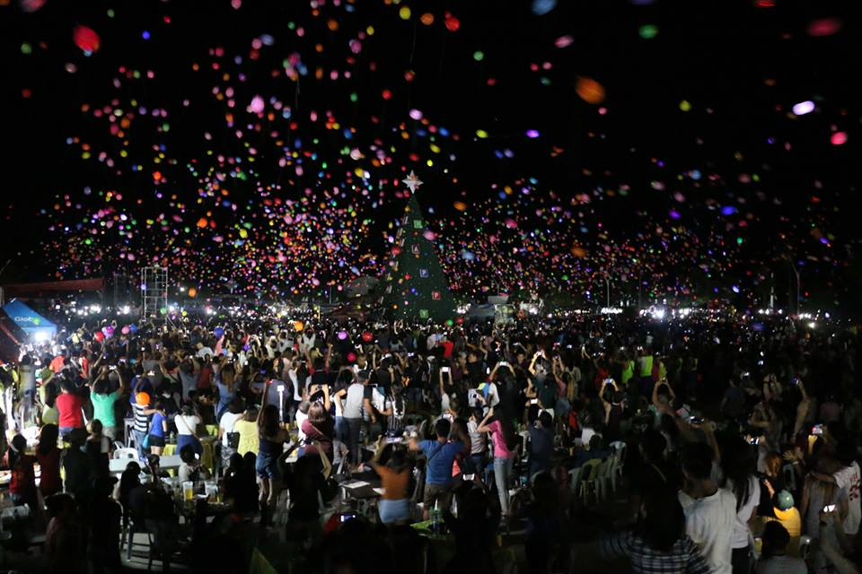 Release of thousands of balloons, sky lanterns during Hundred Islands festival sparks outrage
