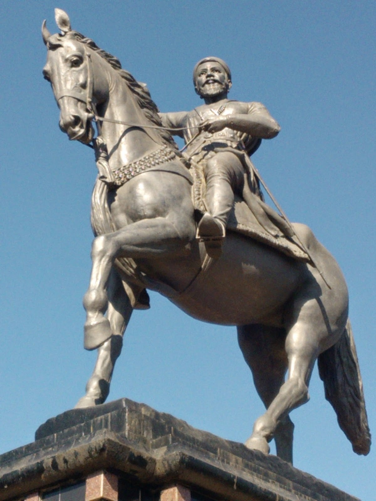an n hero shivaji maharaj short essay essays for u an n hero shivaji maharaj short essay