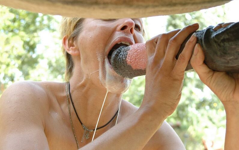 Maduras follando con caballos porno gratis Mujeres Follando Con Caballos