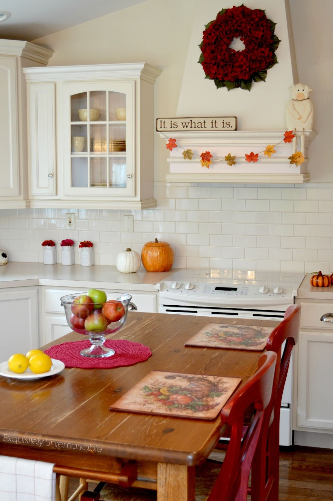 Decorated white country kitchen for fall