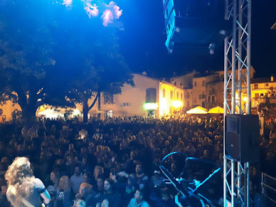 La tribute band KOM in concerto a Campo di Giove