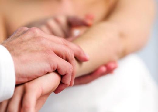 Stresi, Semundjet e lekures dhe stresi, Cilat semundje i shkakton stresi, Dermatologjia, Dermatologjia dhe stresi