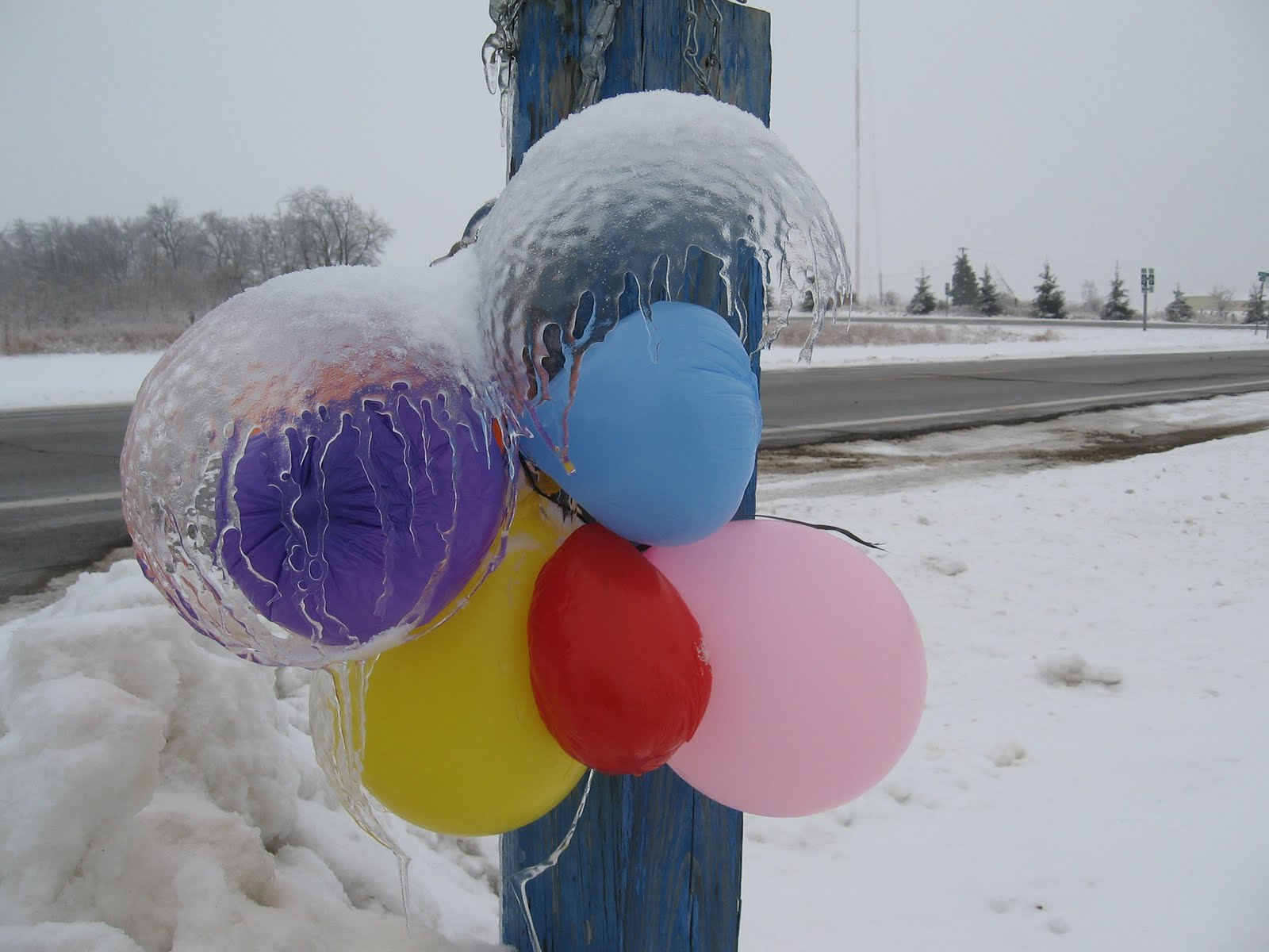 Ice Balloons 10