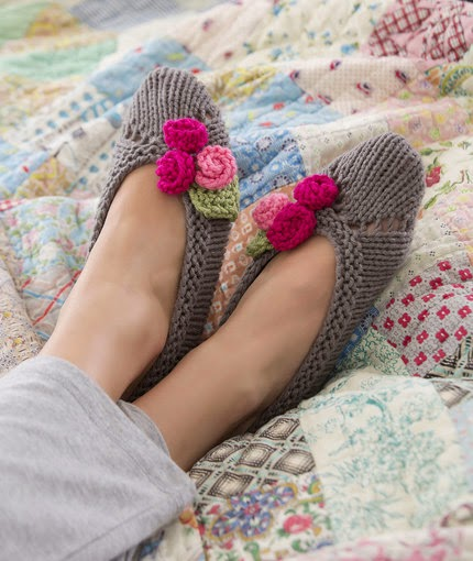 http://www.redheart.com/free-patterns/slippers-her