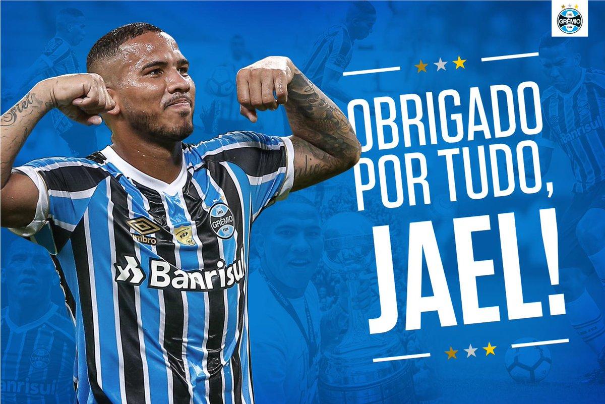 Jael não segurou às lágrimas na despedida do Grêmio. O atacante lembra que  chegou desacreditado e sai do clube com a moral lá no alto. 4ab404f5df708