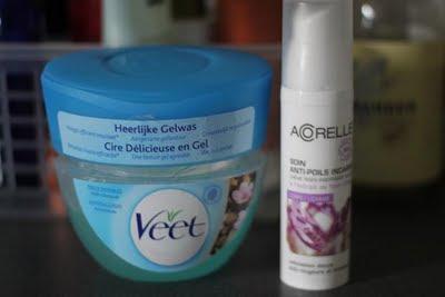 Epilation : cire délicieuse de Veet et soin anti-poils incarnés Acorelle bio