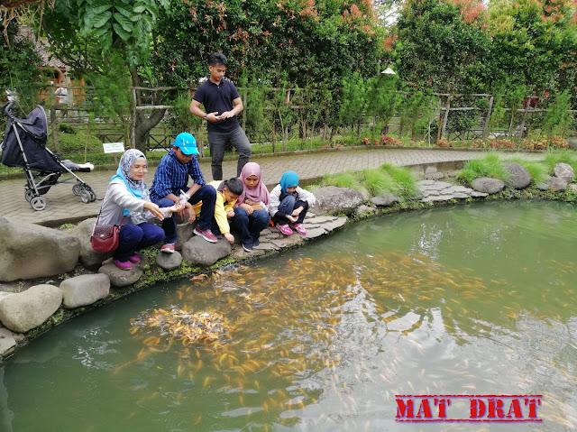 Bercuti Bandung Floating Market Kota Mini Lembang