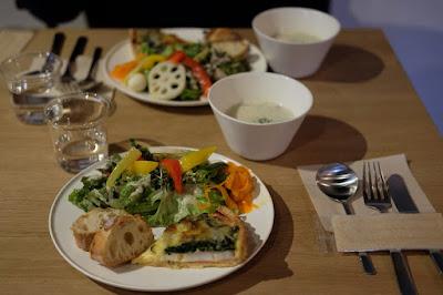 松本市の喫茶・カフェ Cafe Chiiann キッシュのランチプレート