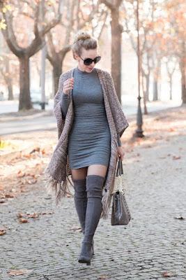 Botas Altas con Vestido