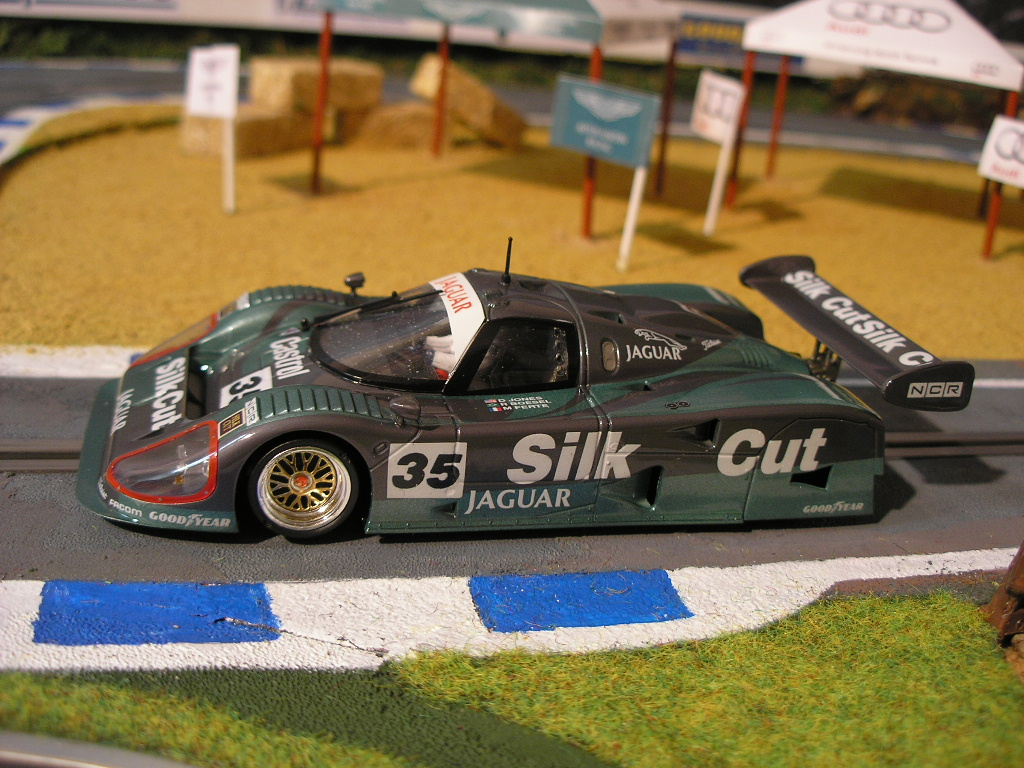 Slot Adictos - Jaguar XJR 12 - New Look - - Scratch & Building