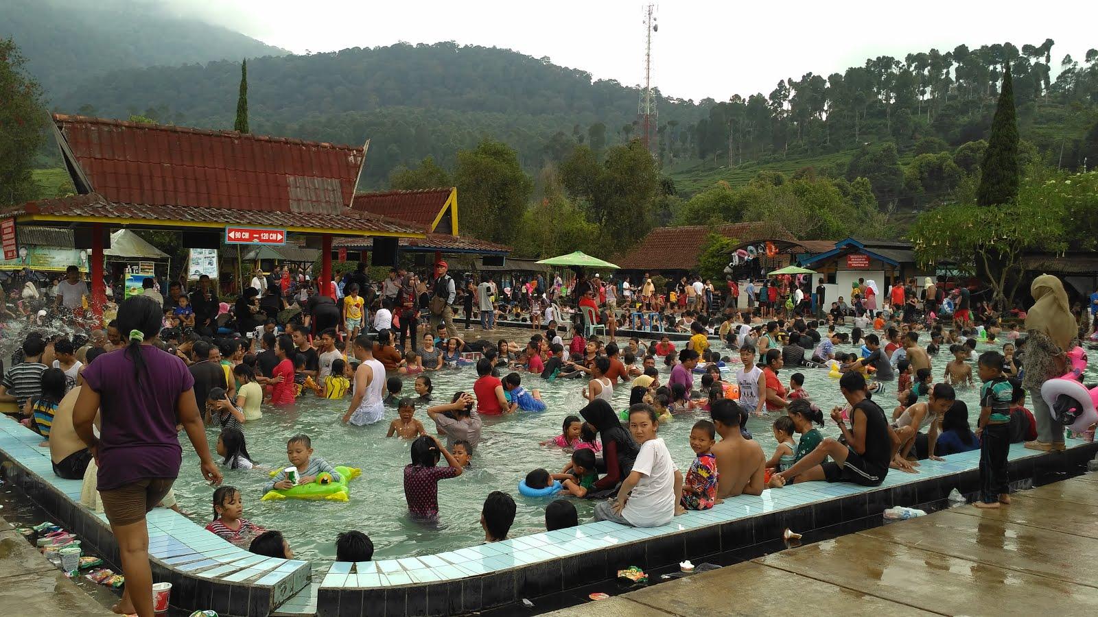 Pemandian air panas Ciwalini masih jadi tujuan wisata favorite