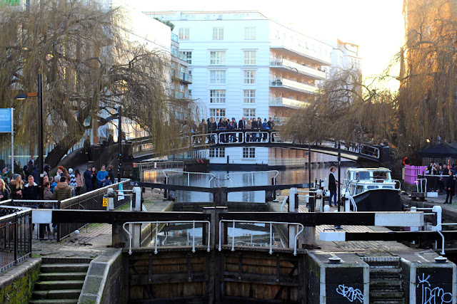 Camden canal - London lifestyle blog