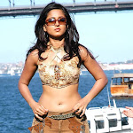 Anushka Hot Navel Show Stills
