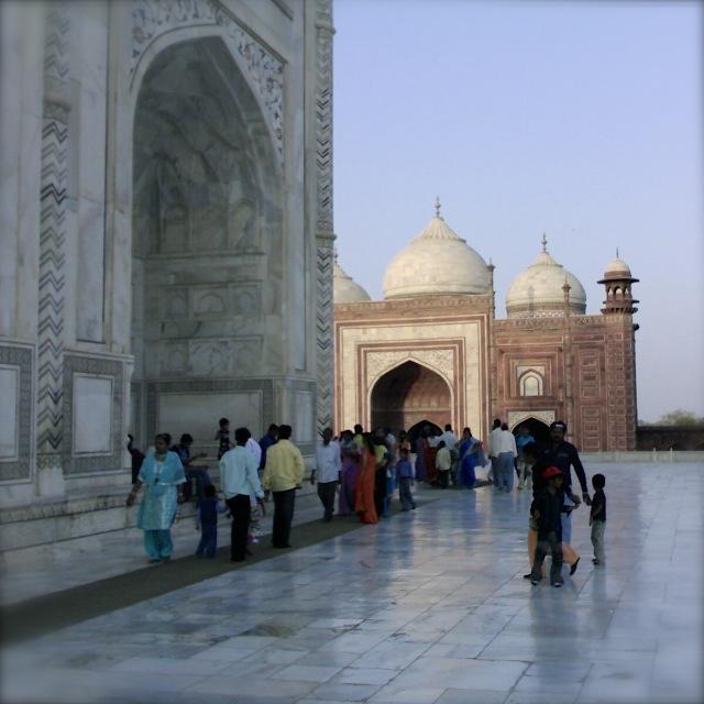 Taj Mahal, Intia, Nokian kamerapuhelimella vuonna 2007