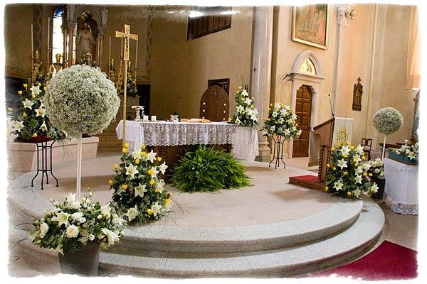 Wedding Decorations: Church Wedding Decorations