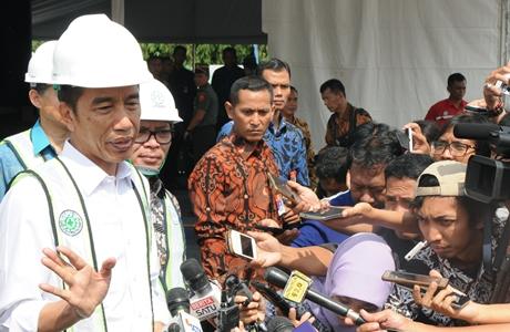 Rumah Tapak Untuk Buruh Cicilan Rp1,2 Per Bulan, Jokowi: Ada Bantuan Uang Muka Rp4 Juta
