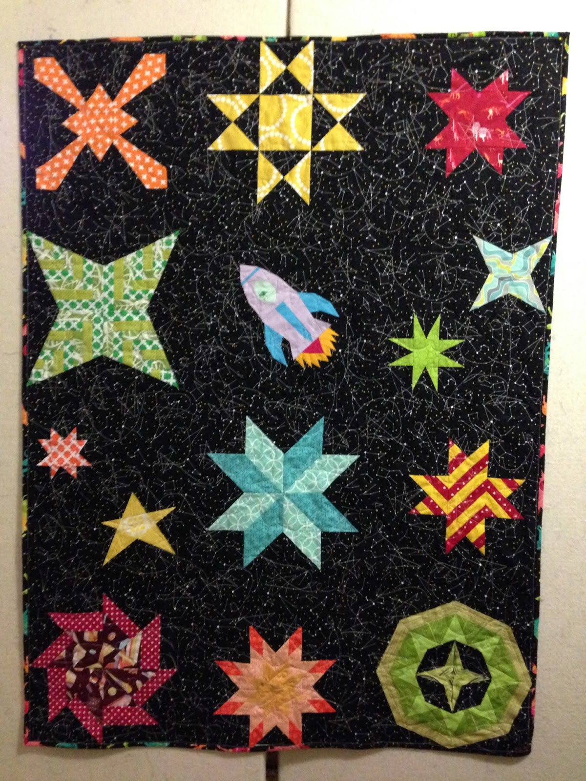 Life sew crafty space baby quilt for Spaceship quilt