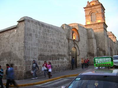 Monasterio de Santa Catalina, Arequipa, Perú, La vuelta al mundo de Asun y Ricardo, round the world, mundoporlibre.com