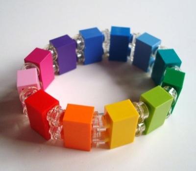 2. Gelang lego