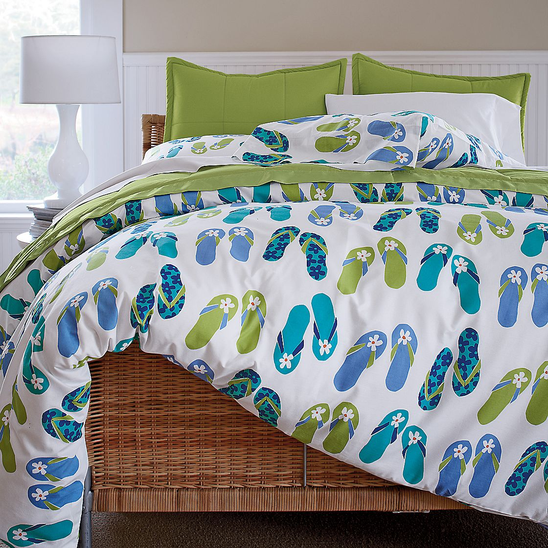 Seaside Style: Beach House Bedding