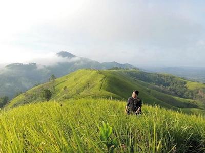 Pesona Keindahan Bukit Bahu Kalimantan Barat