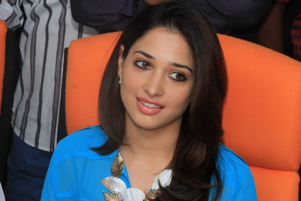 Tamanna at cultural fest performing on stage