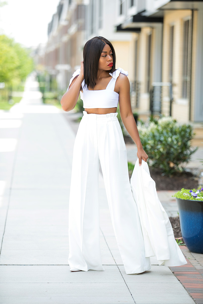 Summer whites, high-waist pants and crop top, www.jadore-fashion.com