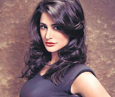 nargis fakhri diet and workout