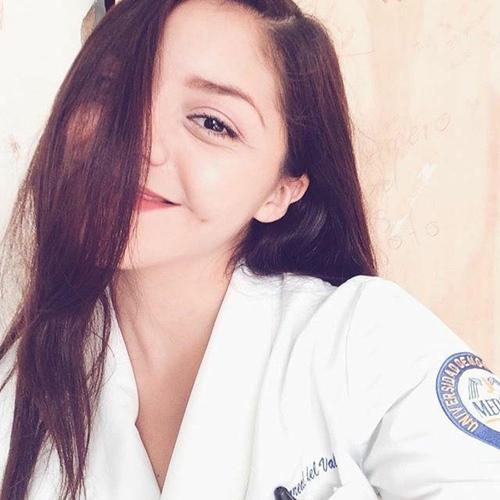 Estudante de medicina caiu na net dando o cuzinho
