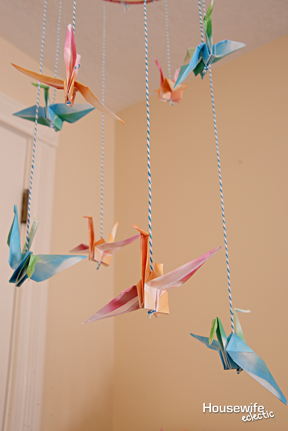 paper crane mobile Paper cranes: a fun thing to do to help you share peace & love use this easy pattern to make an origami peace crane a paper crane is an ancient origami pattern that symbolizes health and peace make several cranes and string them to make a peace mobile.