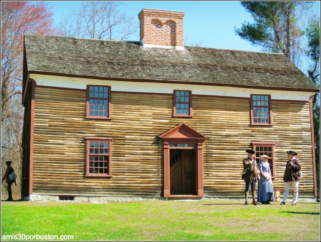 Colonos en la Casa del Capitán William Smith en Lincoln
