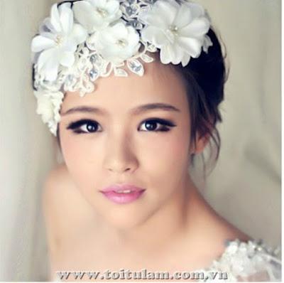 Hoa cài tóc cô dâu đẹp