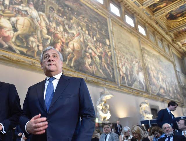 Tajani dice que Europa debe seguir a EEUU y sancionar a funcionarios del gobierno de Venezuela