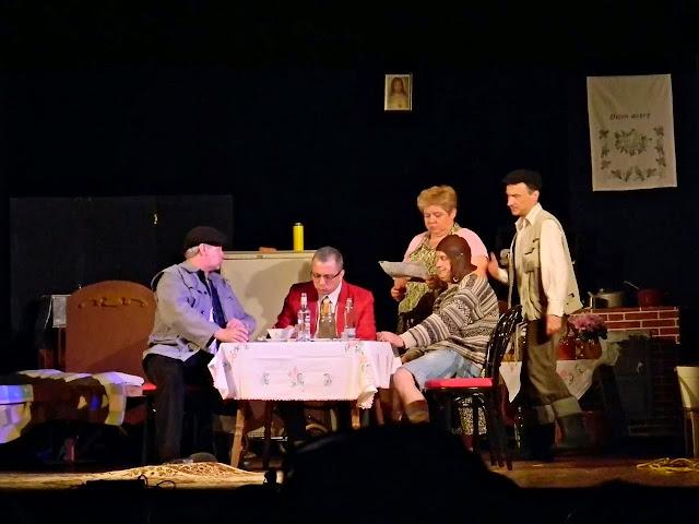 stół, scena, rodzina, mieszkanie, teatr